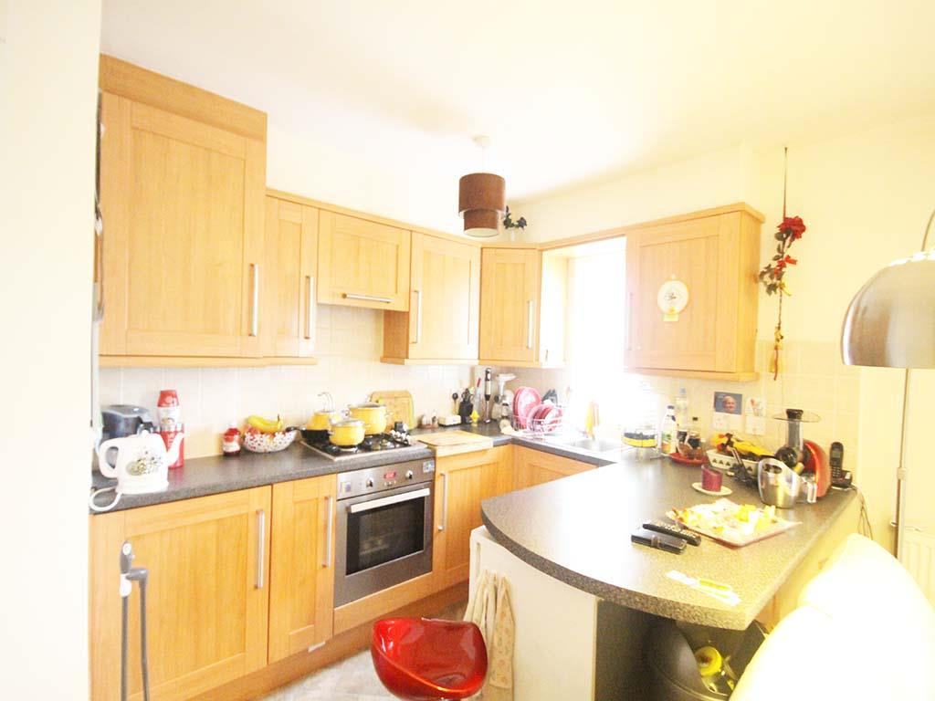 2 bedroom apartment For Sale in Colne - IMG_8114 2.jpg